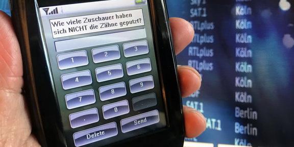 Cliparts.de Medientechnik GmbH - Vote by Touch Publikums-Abstimmanlage - Copyright 2017 Cliparts.de 288 006