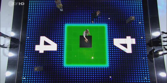 Cliparts.TV_Interaktive_Medientechnik_GmbH_Spieletechnik_Das_Spiel_beginnt_Copyright_ZDF_2015_288_013