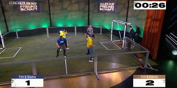 Cliparts.tv Interactive Media Solutions GmbH - Spieletechnik für Alles auf Freundschaft - Copyright 2020 RTL Television 324 045