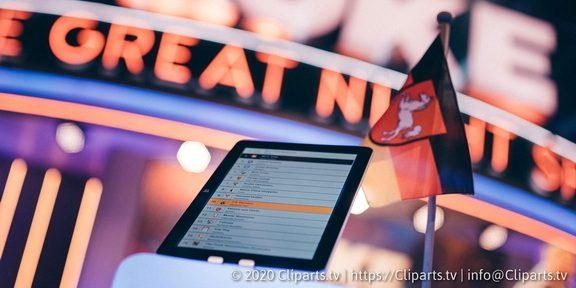 Cliparts.tv Spieletechnik für Luke Die Great Night Show - Copyright 2020 Cliparts.tv 324 001.