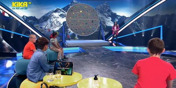 Cliparts.tv Spieletechnik für Terra X Show Kids - Copyright ZdF-KiKA 2021 288 013